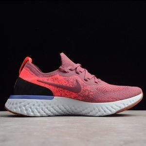 Women's Nike Epic React Flyknit size 7.5